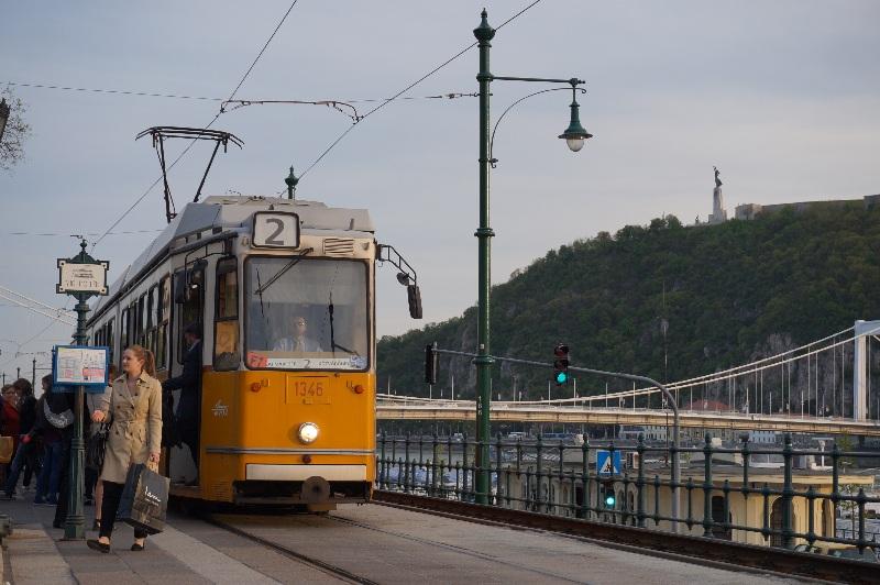 bord du Danube tram 2